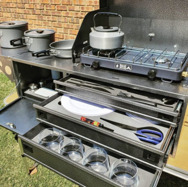 Mobile outdoor Maxi camping kitchens